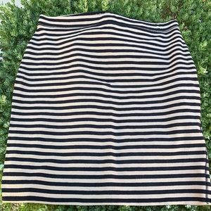 Skirt, stretchy, tan and black stripes XL